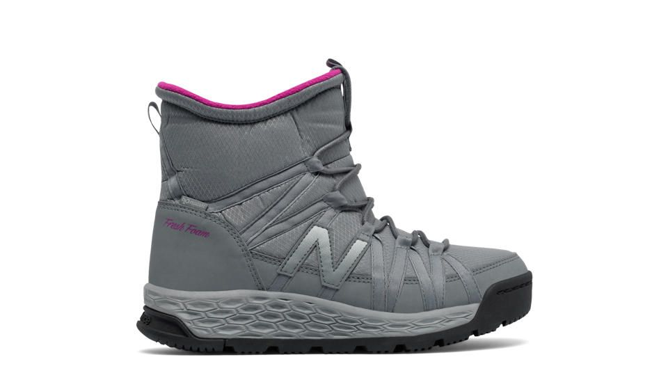 New Balance Fresh Foam 2000 Boot