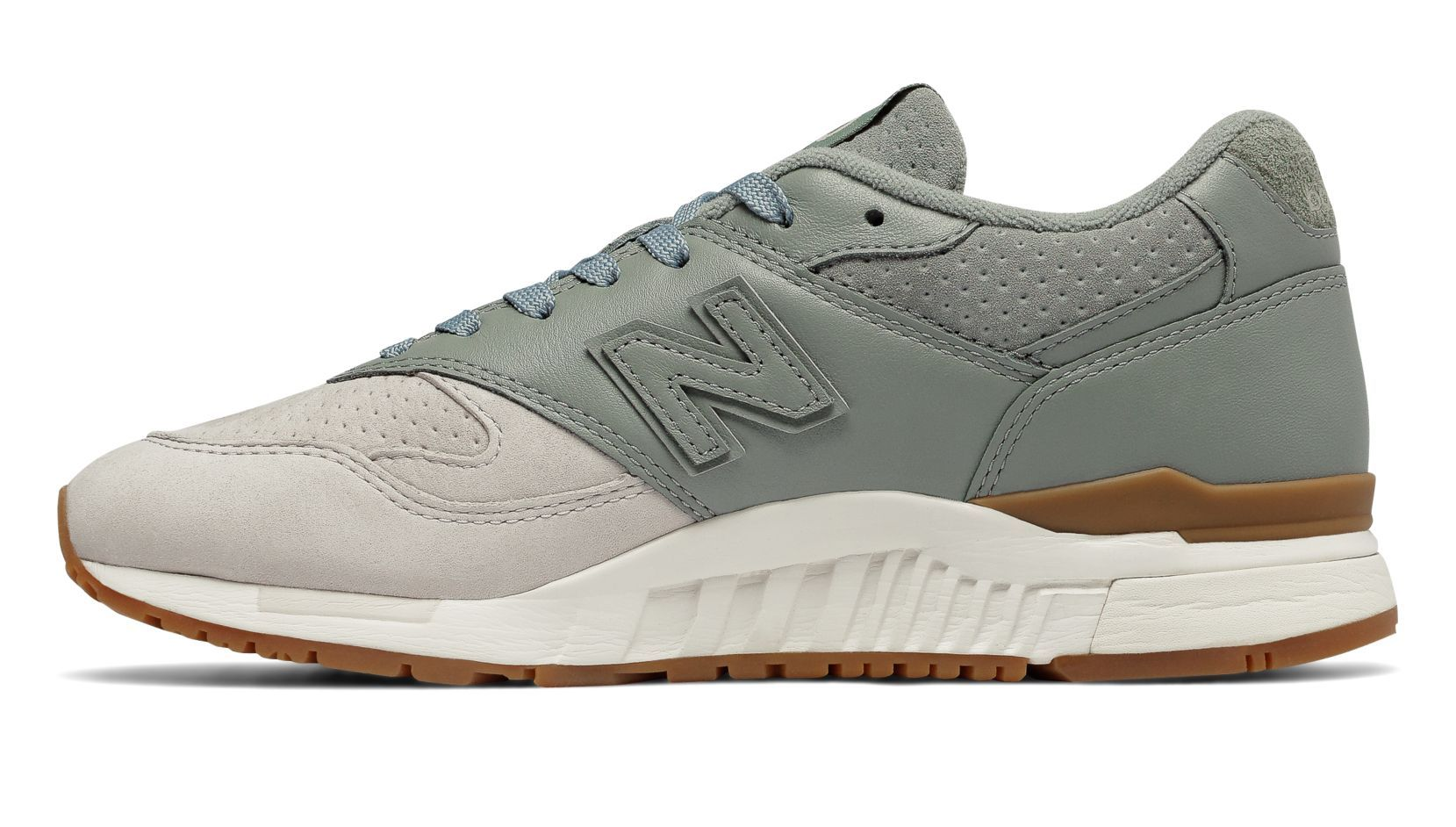 New Balance 840 Suede